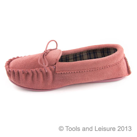 Moccasin Slippers-Size 7 Pink